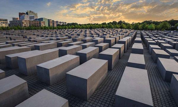 Orte Der Erinnerung 1933 1945 Gedenkstatten Dokumentationszentren Und Museen Zur Geschichte Der Nationalsozialistischen Diktatur In Berlin Und Brandenburg